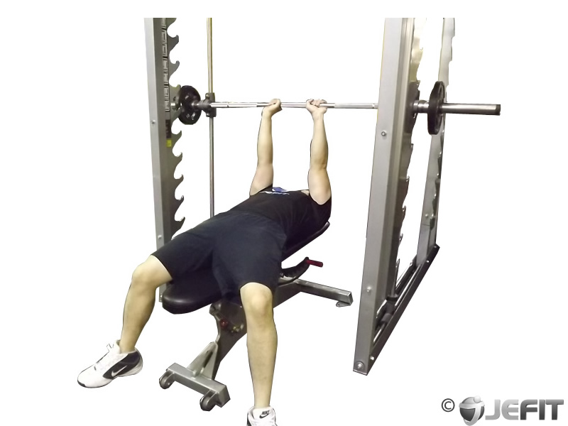 smith machine close grip bench press